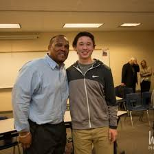 Green Bay Packers star William Henderson visits Greendale High School (Photos)
